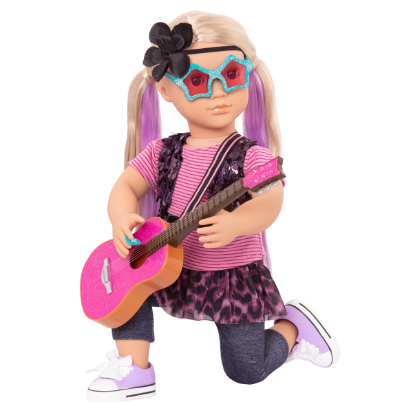 Layla posing on one knee with guitar