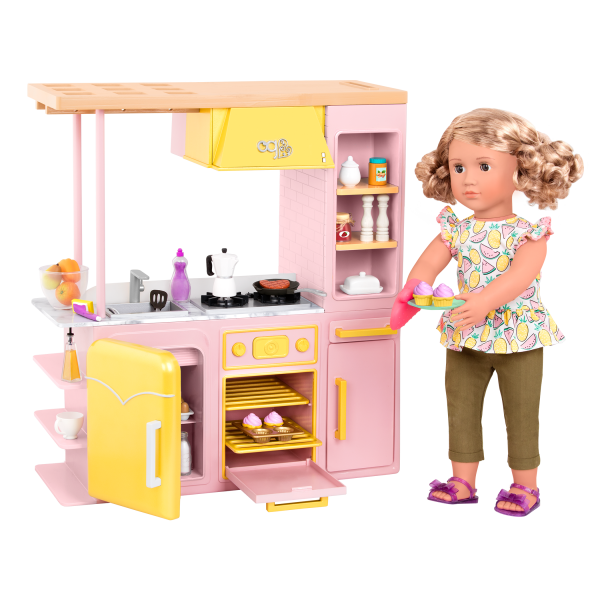 Sweet Kitchen Set with Noelle