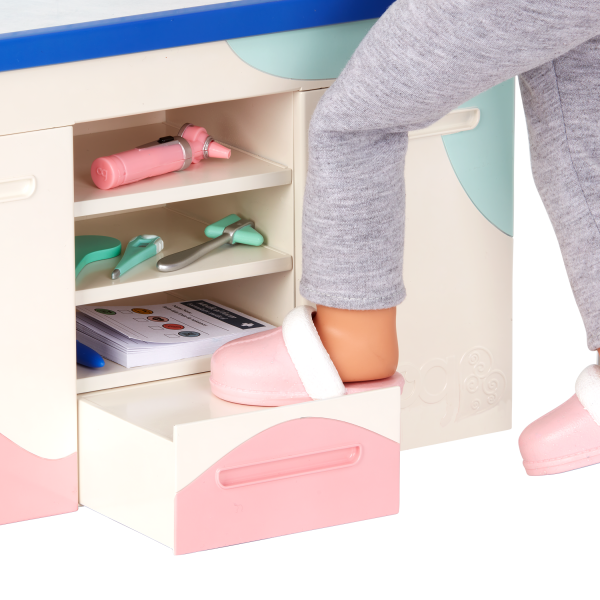 Our Generation Doctor Days Exam Table Foot Step for 18-inch Dolls