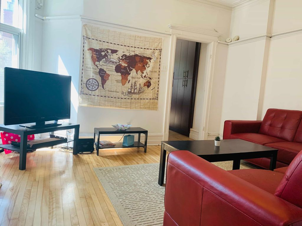 Two rooms available in 4-bdr apartment | WeMoove