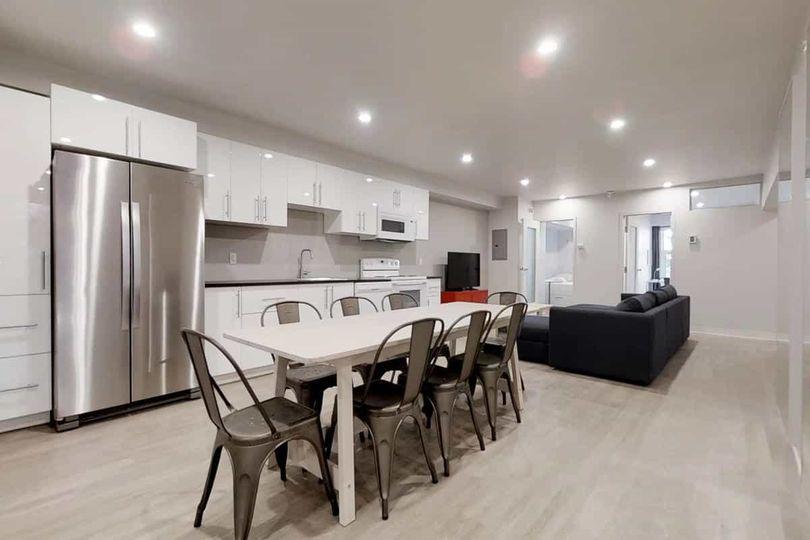 Nice room in big apartment. Close to the metero!  | WeMoove Apartments