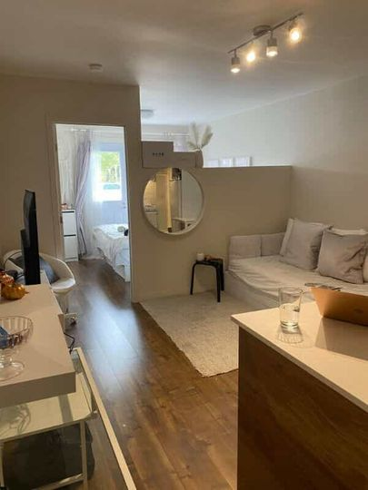 GRAND 2 ½, VILLERAY-MÉTRO JARRY (STYLE CONDO) | WeMoove Apartments