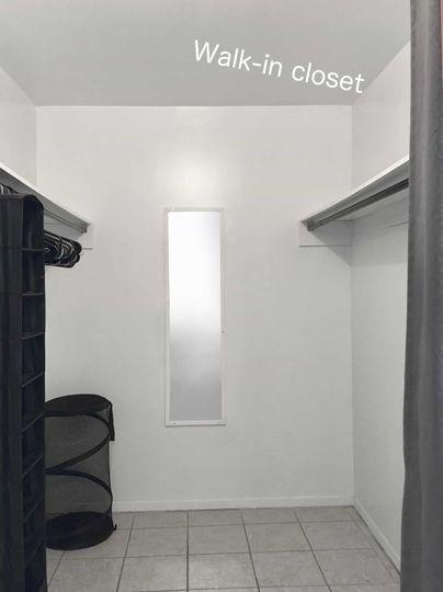 Chambre à louer (BIG) Room to rent Mont-Royal   WeMoove Apartments