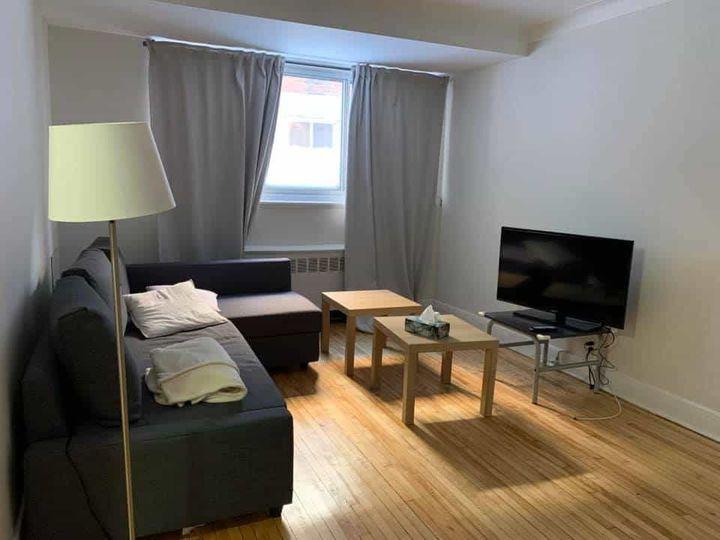 Chambre Mai - Août Côtes-des-neiges | WeMoove Apartments