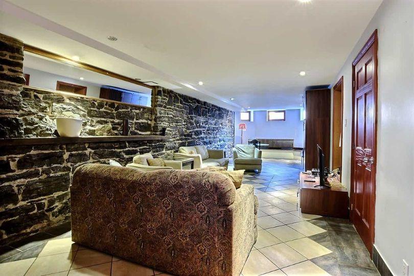 Chambre au Manoir métro Papineau | WeMoove Apartments