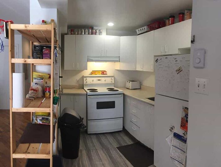 Student Apartment in the McGill Ghetto   WeMoove Apartments