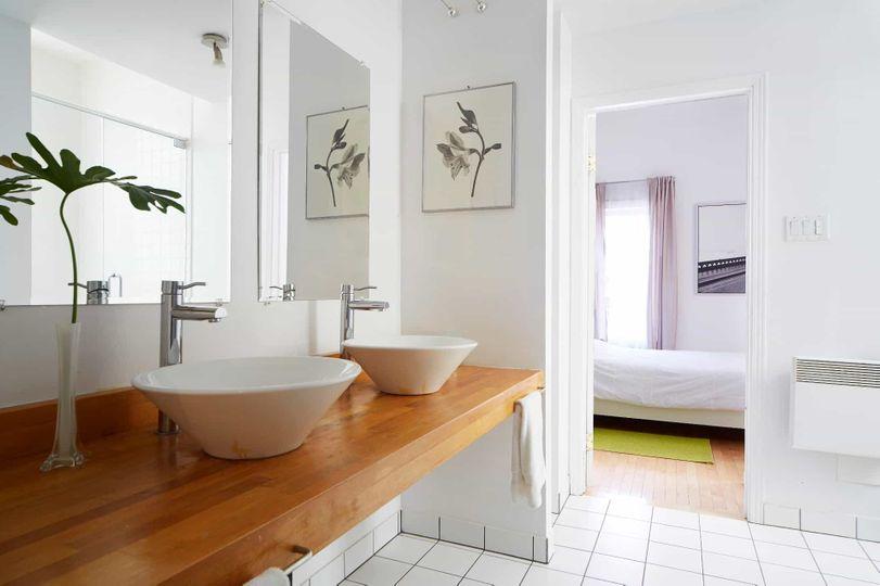 Condo for Rent- 3 floors-3 bedroom-3.5 bathrooms    WeMoove Apartments