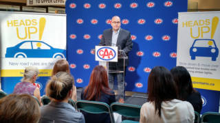 Minister of Transportation, Minister Steven Del Duca announcing the Heads Up! campaign