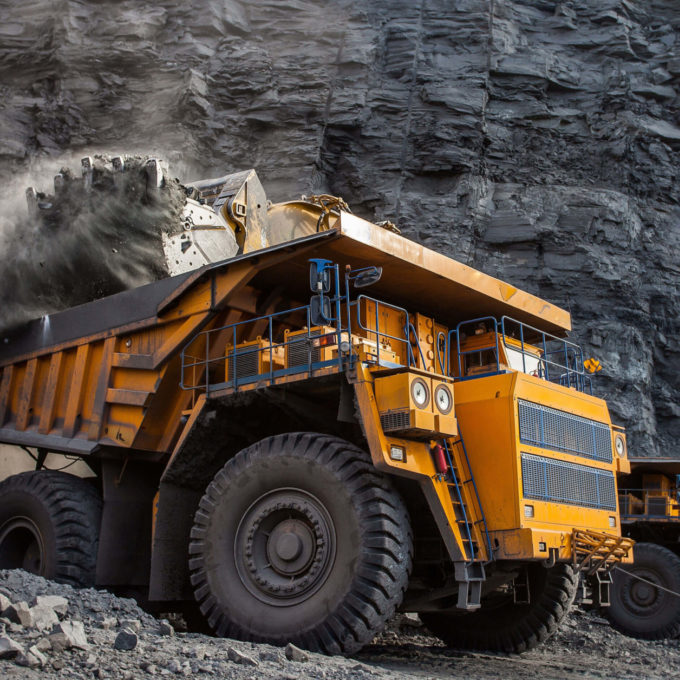 Material handling - Truck transporting ore
