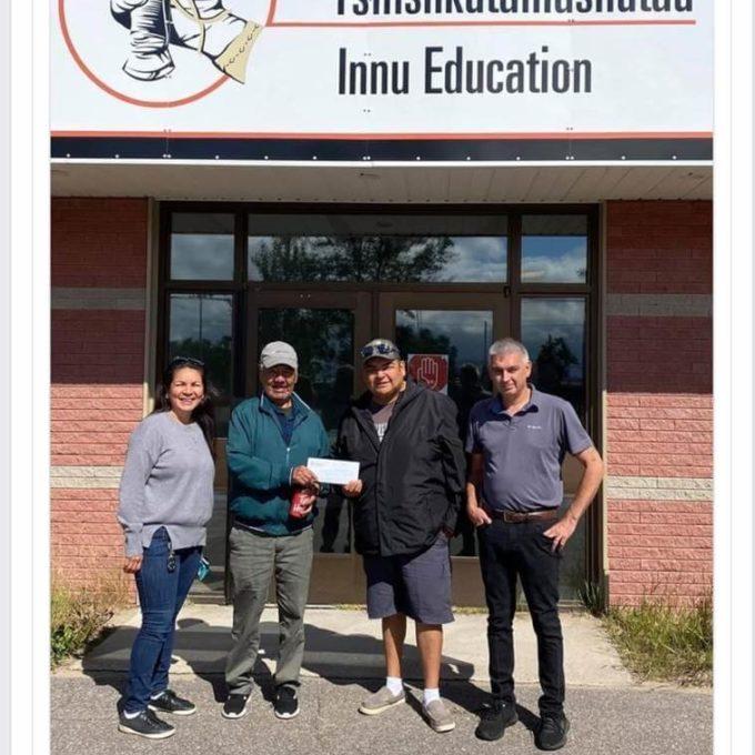 Engagement social - Don à la commission scolaire Mamu Tshishkutamashutau – Innu Education, à Terre-Neuve, 2020