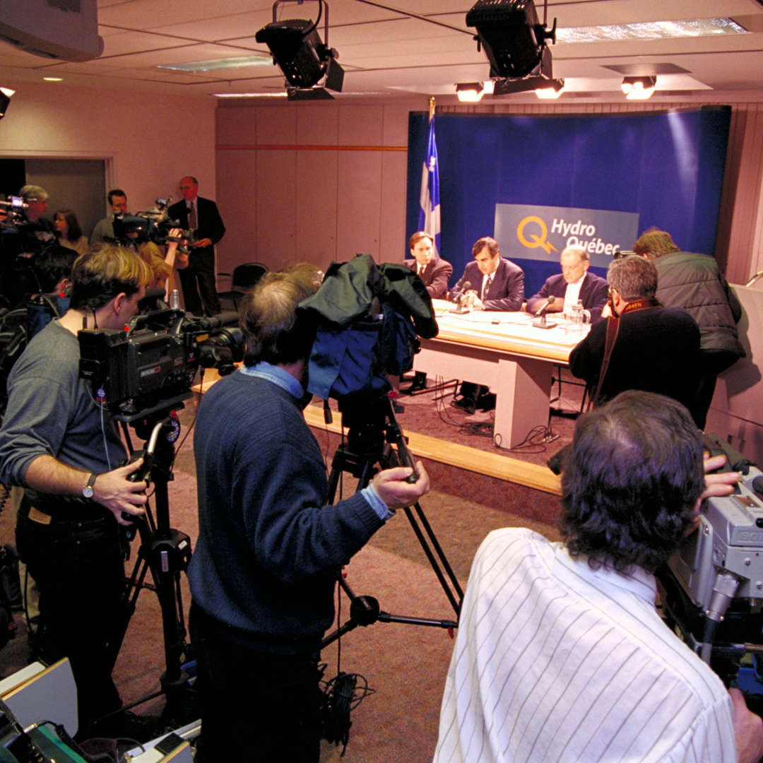 <p>Every afternoon at five, Premier Lucien Bouchard, Hydro-Québec's President and CEO, André Caillé, and a representative of the Organisation de la sécurité civile held a press briefing to inform the public of the condition of the grid.</p> <p>©Hydro-Québec</p>