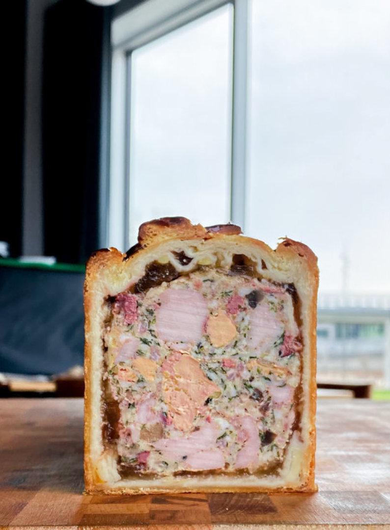 Beau mont pate en croute canard et foie gras 1