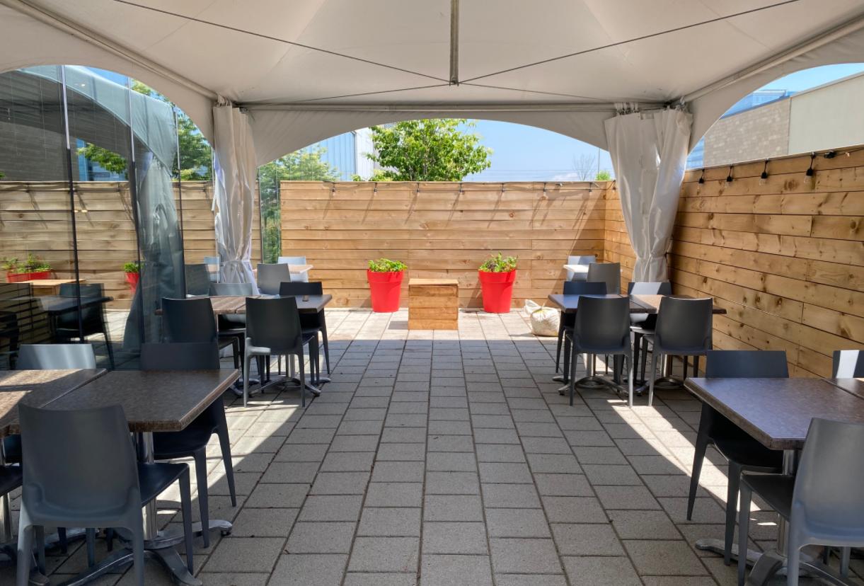 Terrasse 2021 Brasserie T DIX30