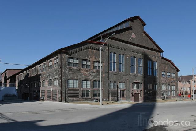 Emerging Toronto Loft Community: Davenport Village