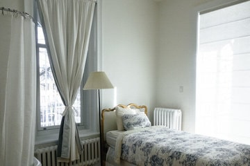 Curtain and Blinds Contractor