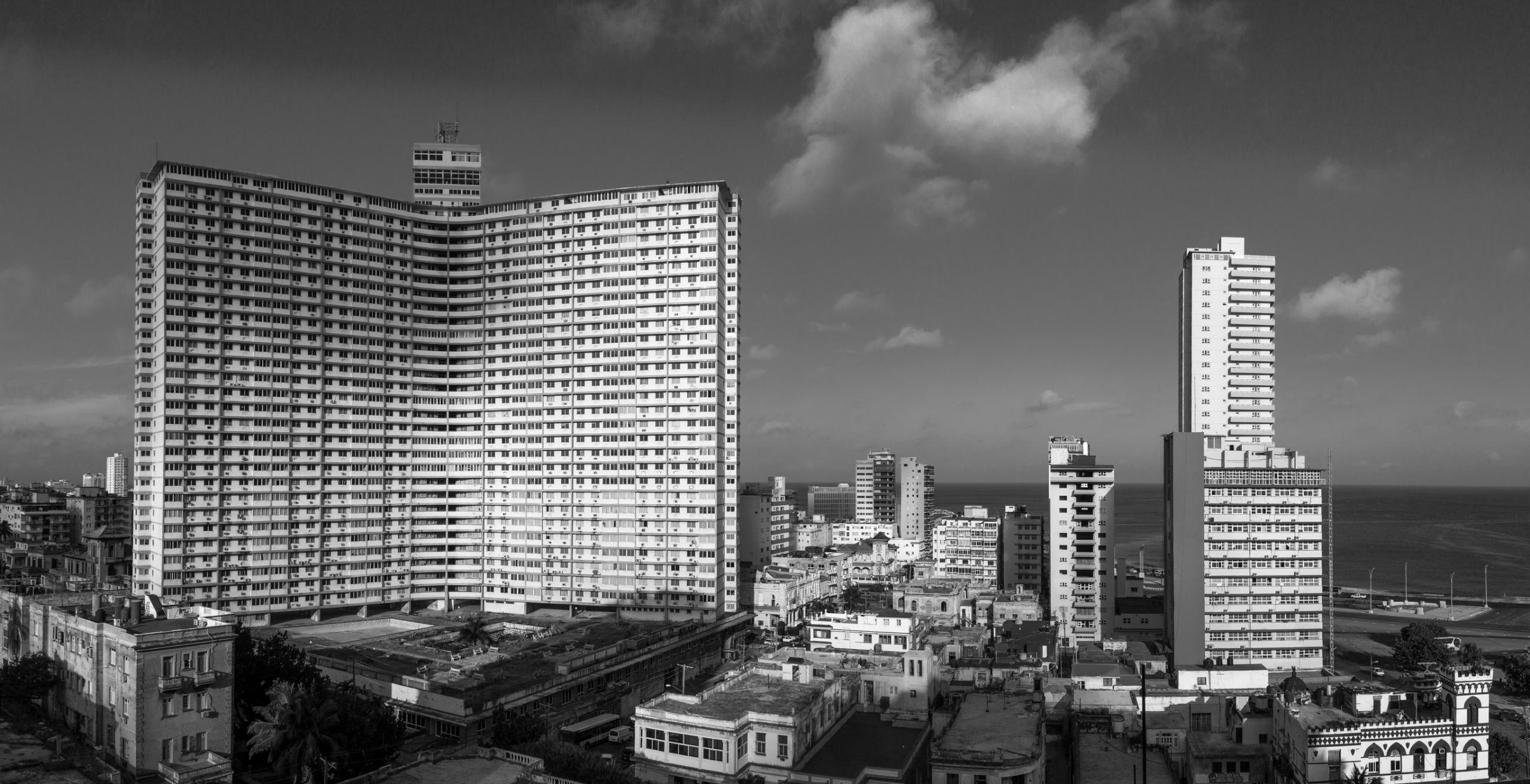 Alina Holodov, FOCSA building, 2016