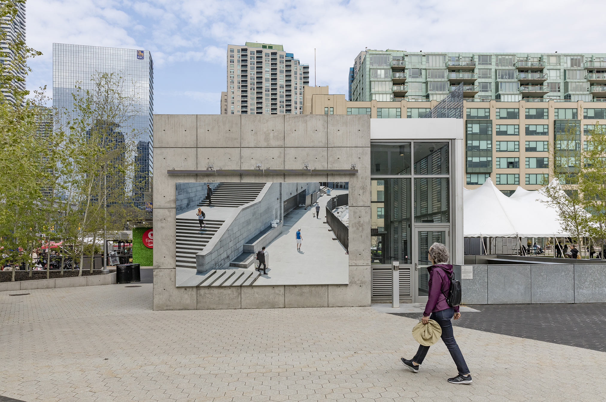 Esther Hovers, False Positives, Installation at Harbourfront Centre parking pavilion, Toronto, 2019. Photo: Toni Hafkenscheid. Courtesy CONTACT, the artist.
