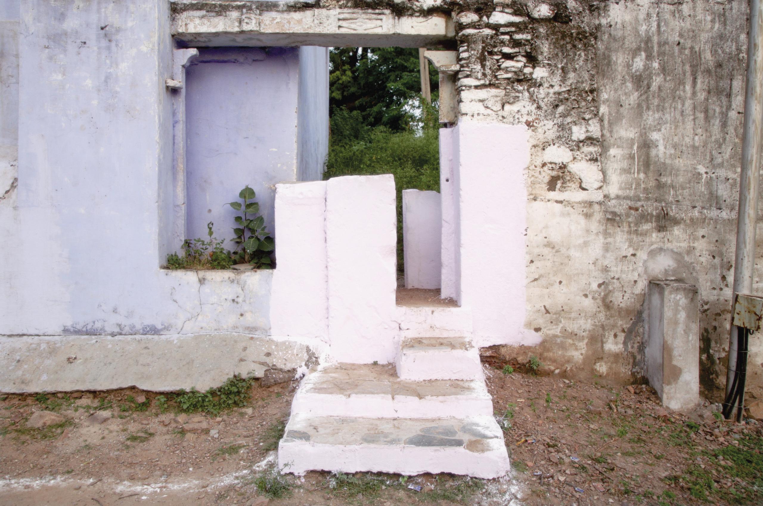 "Anthea Baxter-Page, Puja Gateway, Bundi, 2018. Archival digital print, 24 x 36""."