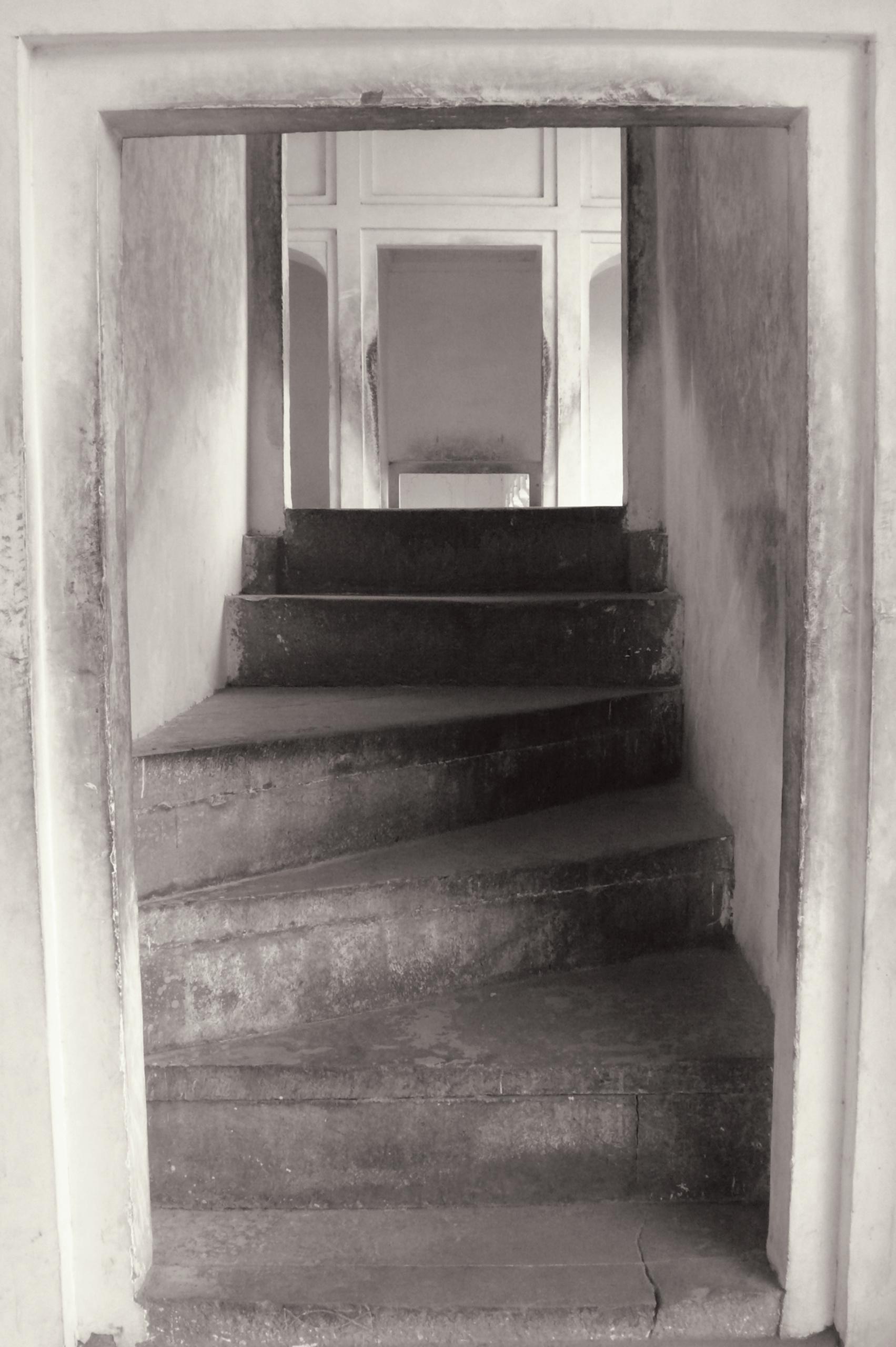"Anthea Baxter-Page, Temple, Varanasi, 2012. Archival digital print, 30 x 24""."