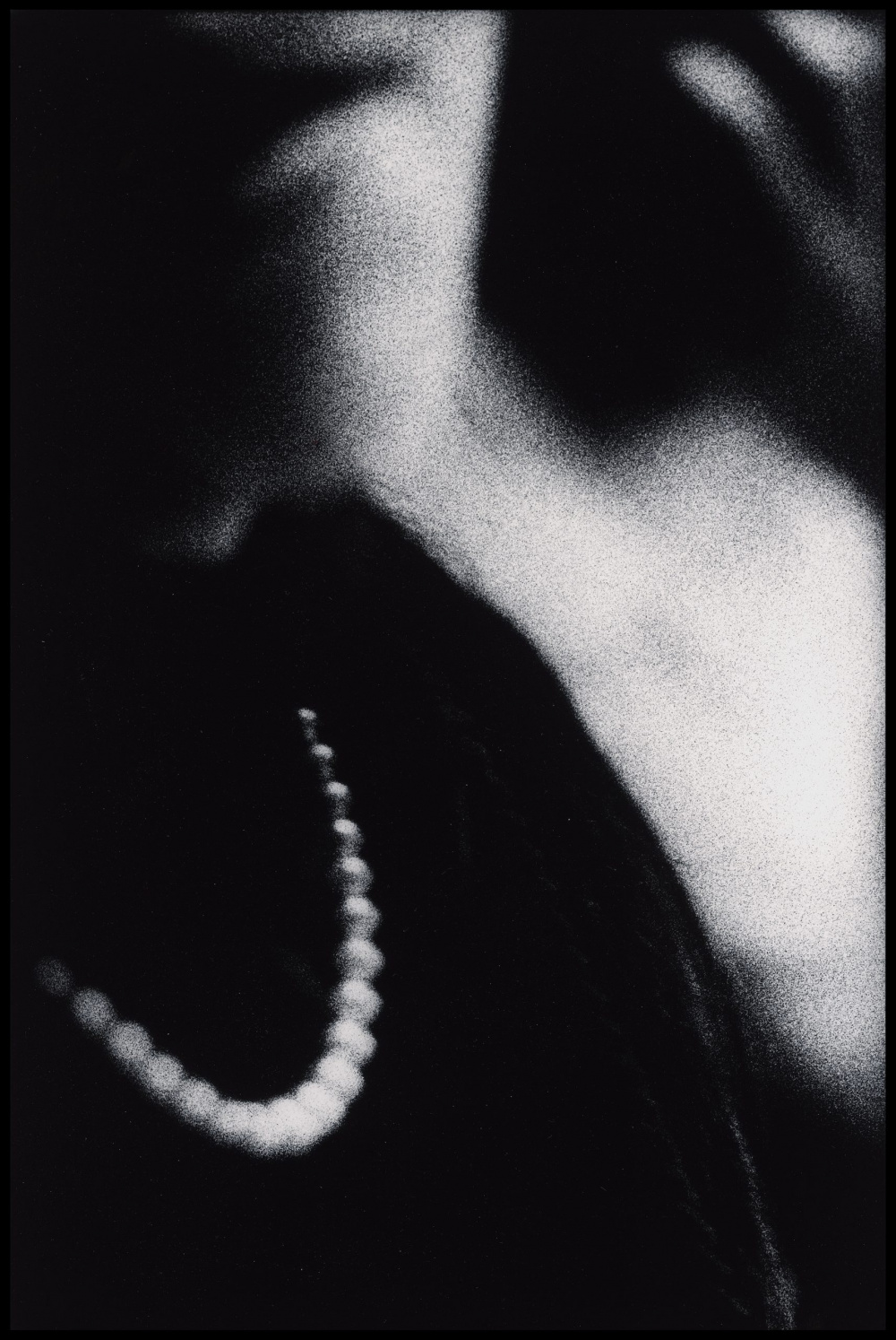 Saman Genshin, Woman With Pearls, 2019
