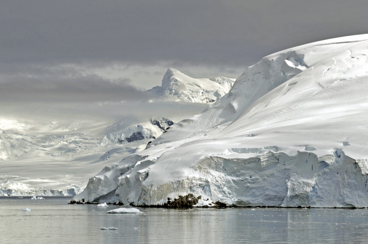 Arnold Zageris, Antarctica 1, 2011