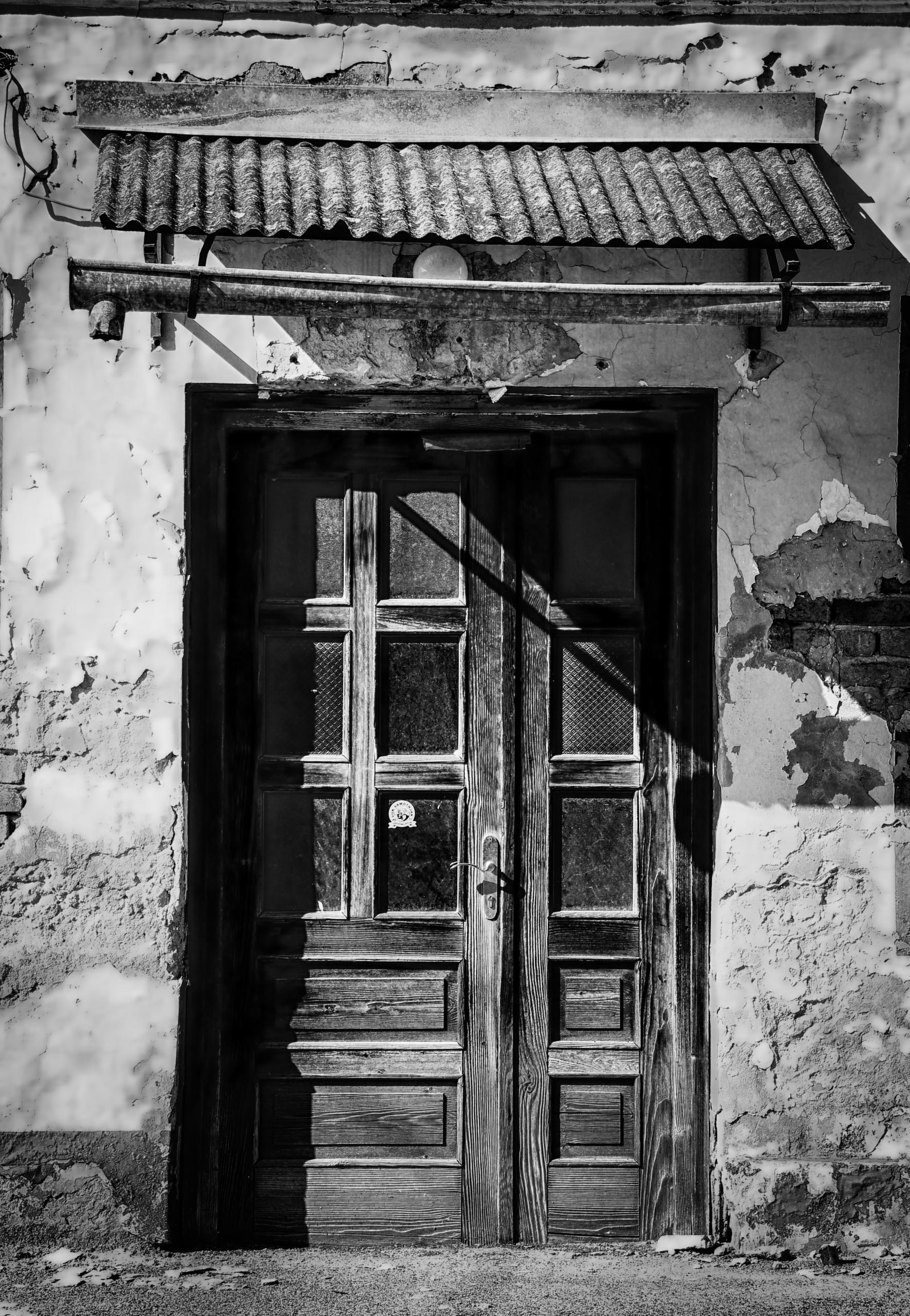 Erica Fijan, Doorway To The Past, 2015