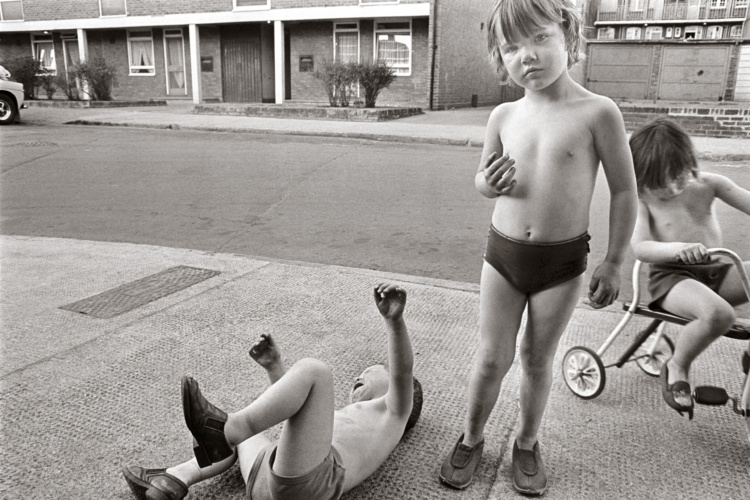 Tony Bock, Children Playing, Poplar, London, 1977