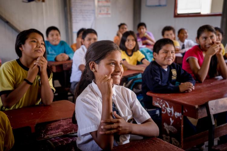 Allan Lissner, Students at Micaela Bastidas Puyucahua School, 2014