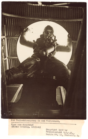 Willi Ruge (German), World record parachute jump, 1932 Courtesy of Archive of Modern Conflict, London