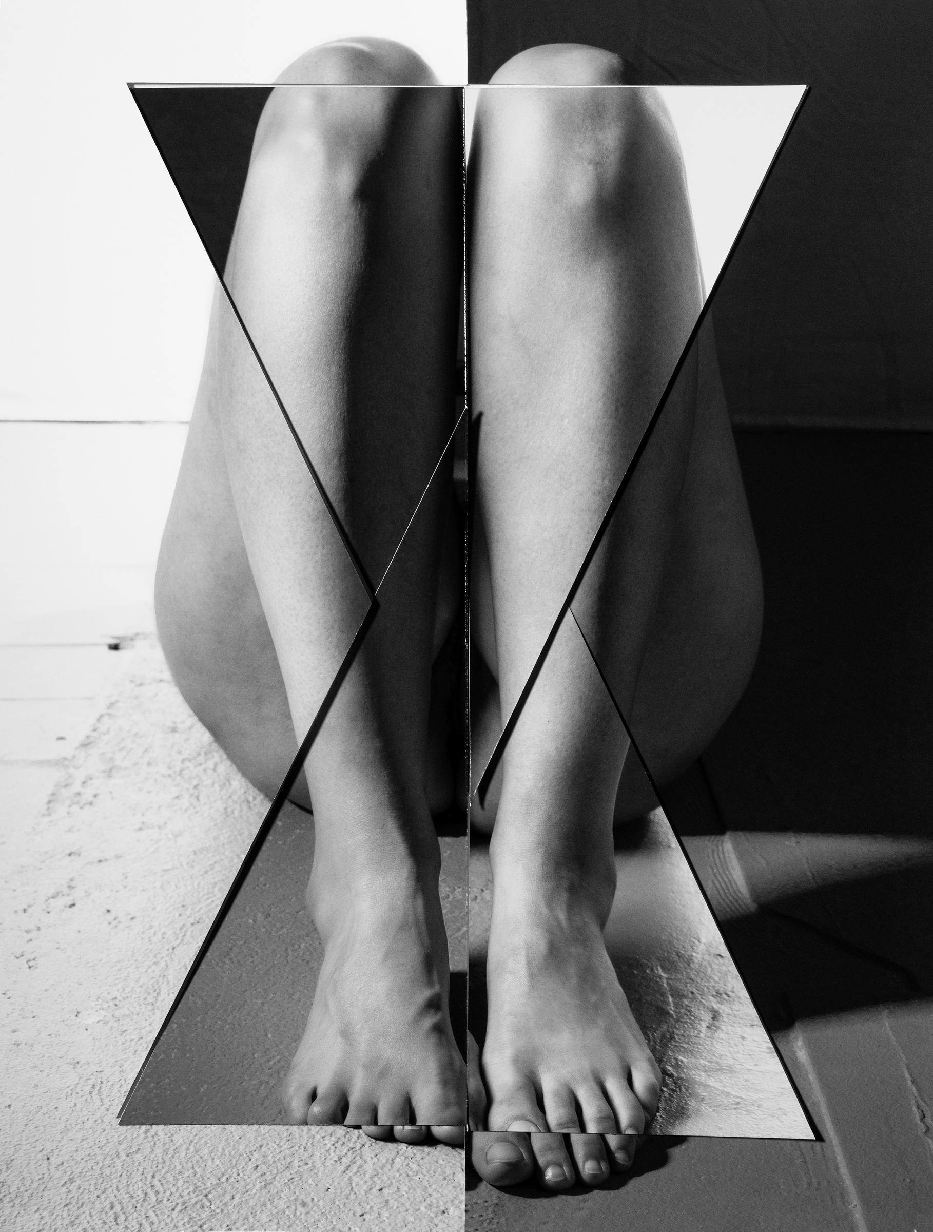 Kim Hoeckele, Block-like Figure Invoking Birth, 2018. Courtesy of the artist.