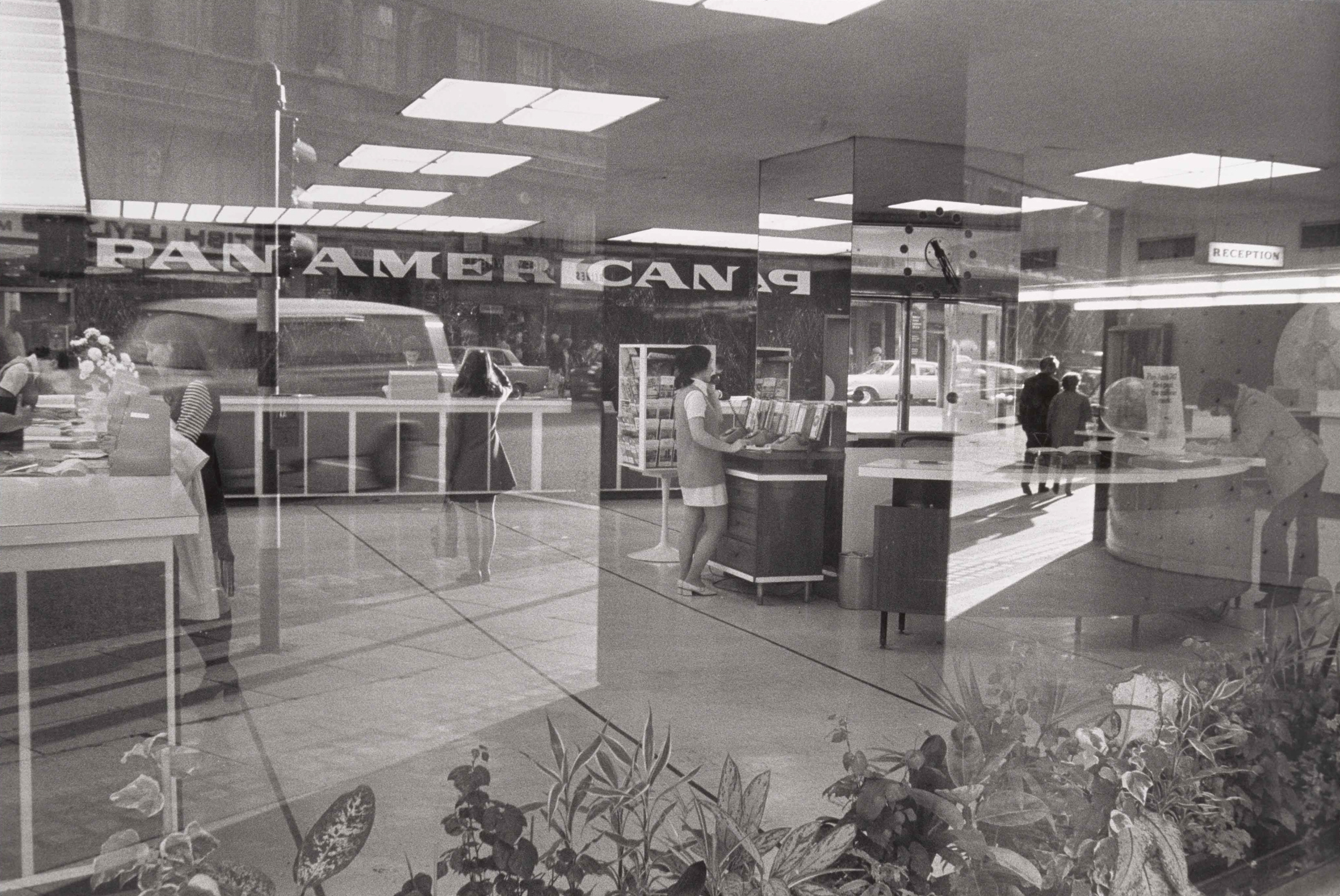 Ian Wallace, Pan Am Scan, (detail), 1970. Gelatin silver print, 40 x 60.1 cm. Art Gallery of Ontario, Gift of Sandra Simpson, 2017. © Ian Wallace, courtesy Catriona Jeffries 2017/236.1–.5.