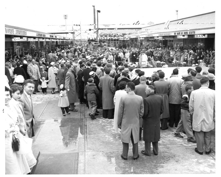 Photographer unknown, Cloverdale Mall Archives, Easter, April 14, 1958