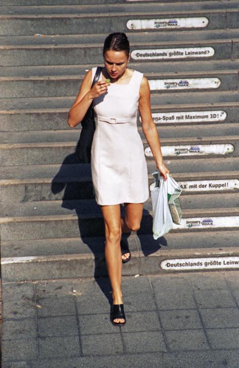 Stephen Waddell, Pedestrian No. 4, 2002