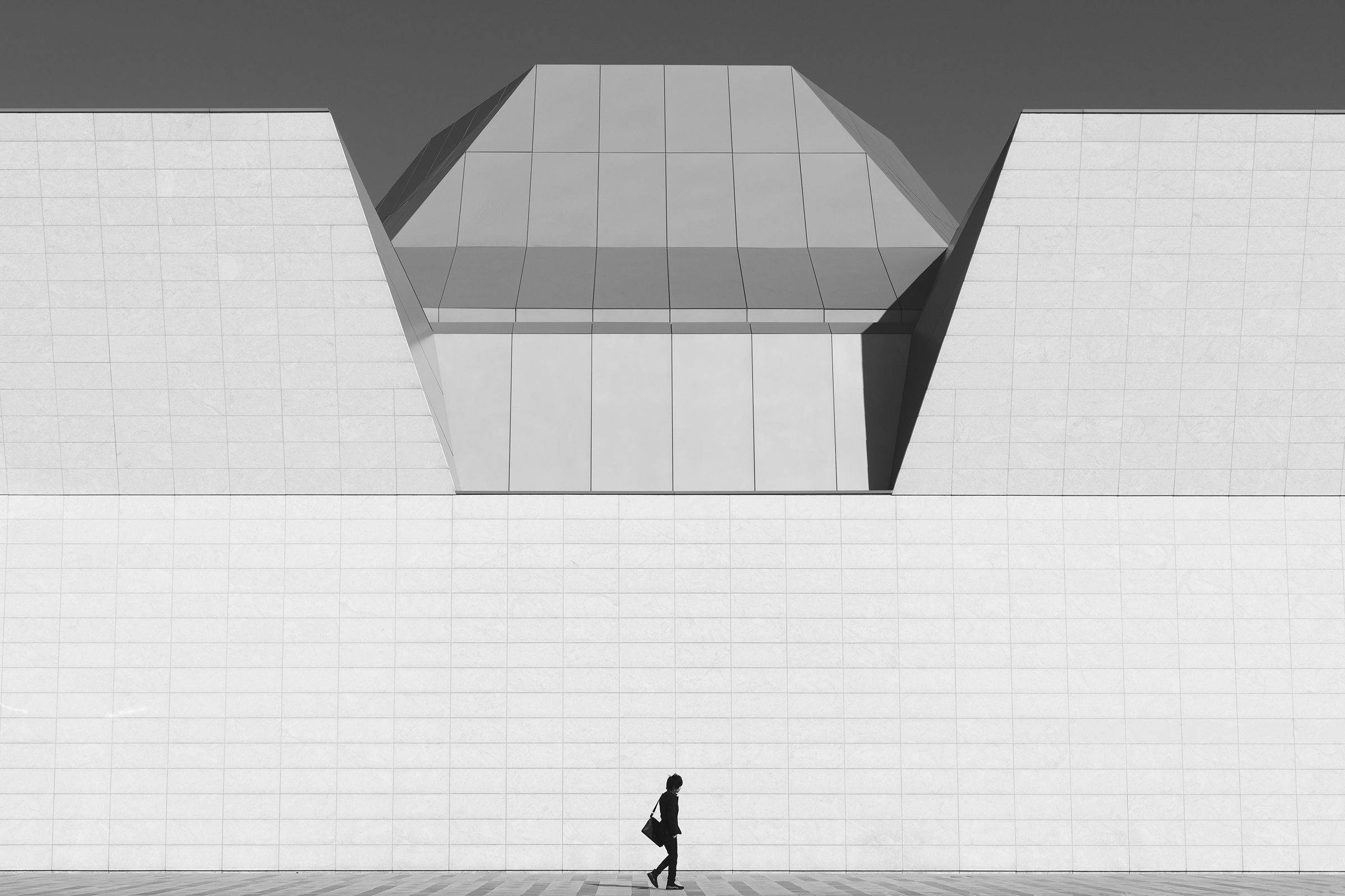 Ethar Ismail, Between the Lines, 2020