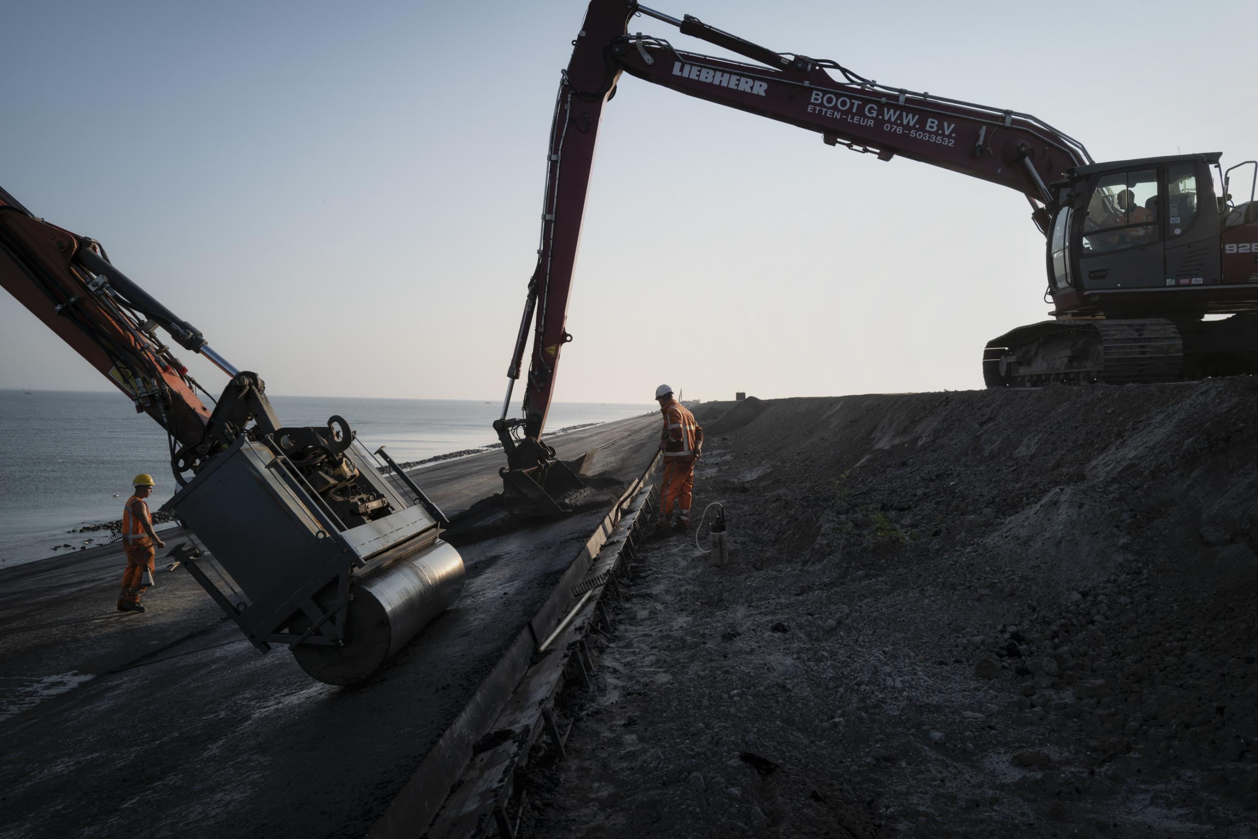 Jason van Bruggen, Construction & Reinforcement of Lauwersmeerdijk, 2020