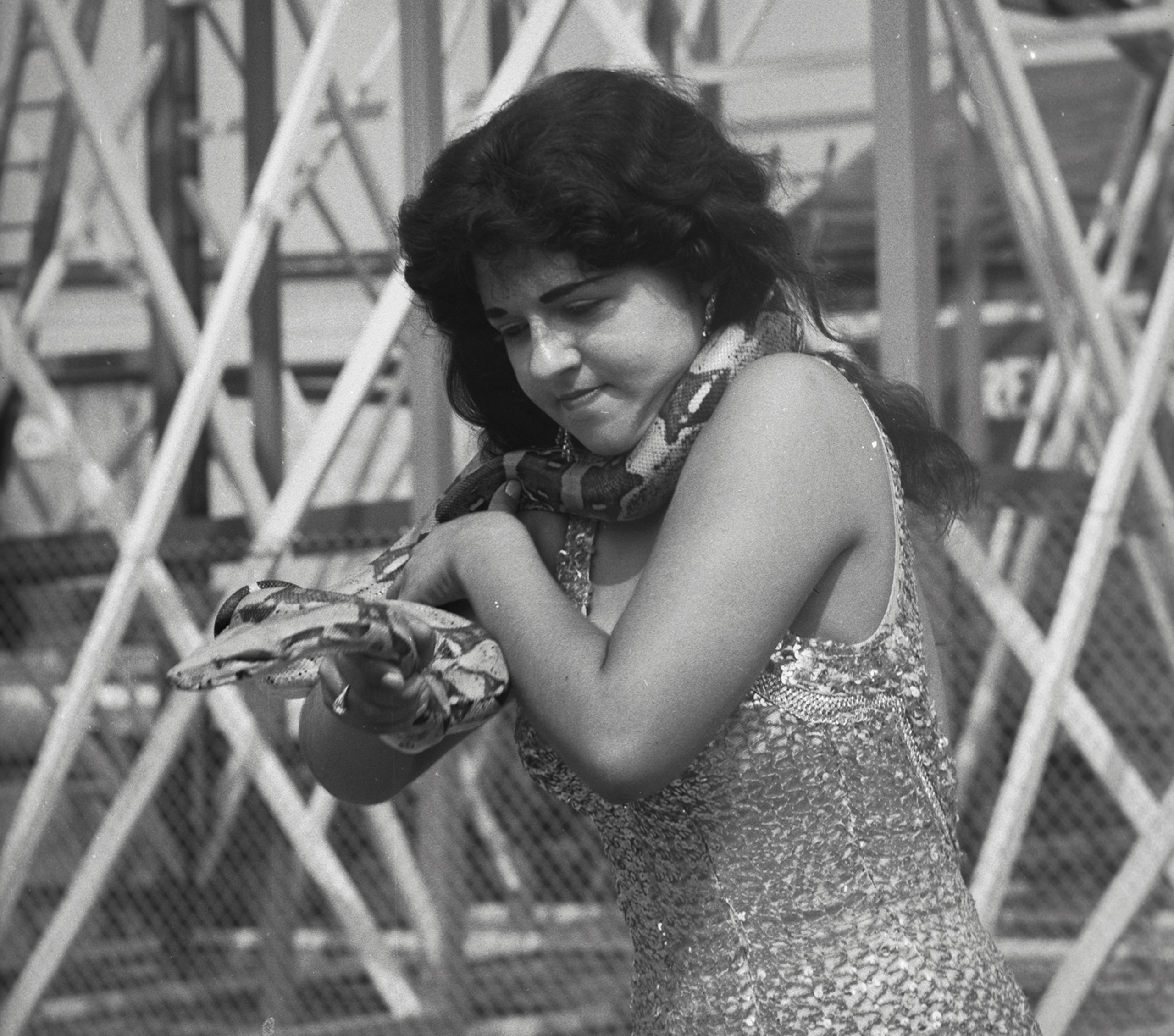 Snake Charmer, 1960. Canadian National Exhibition Archives, MG5-F346-I4. Courtesy of the CNEA