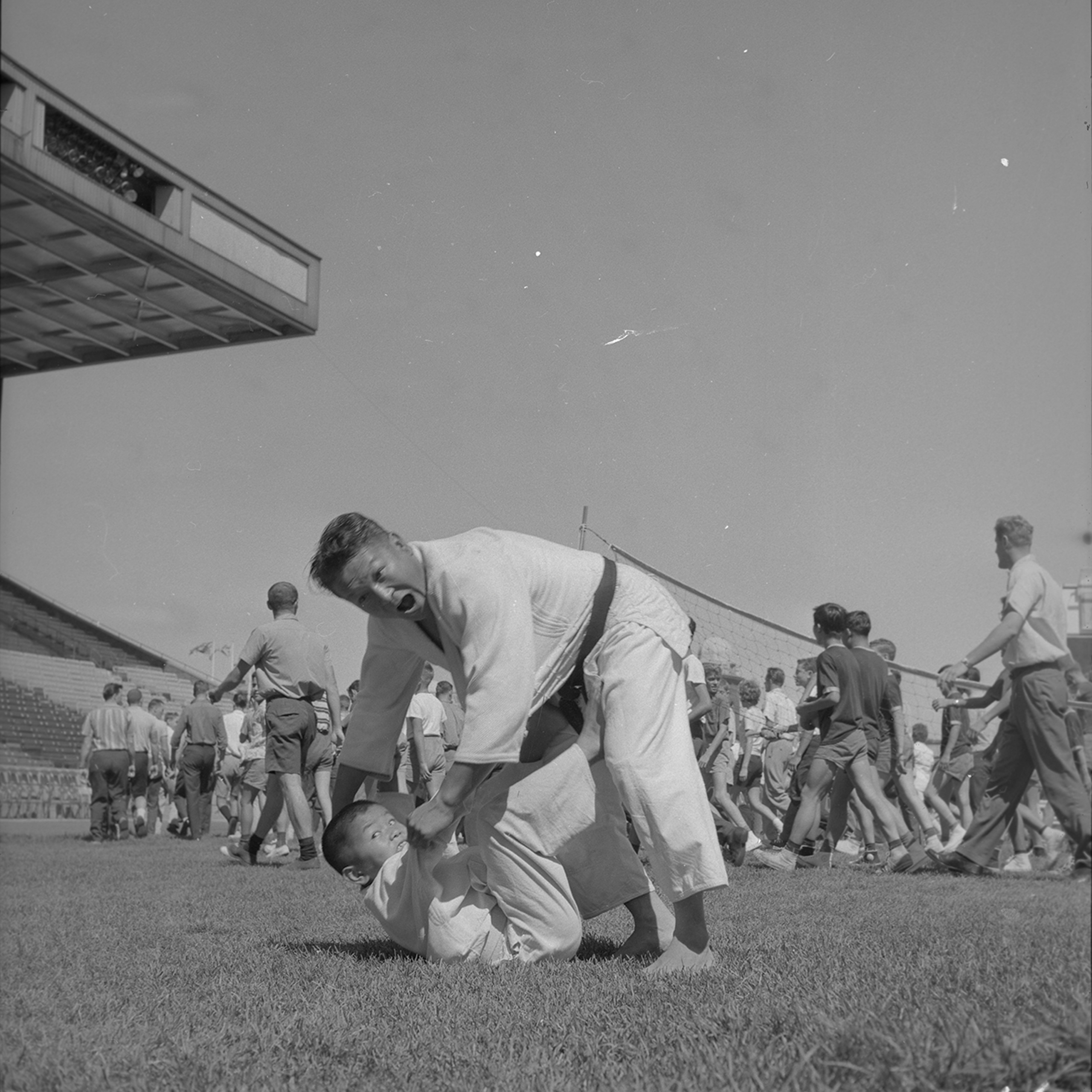 Martial Arts Demonstration at Grandstand, 1962. Canadian National Exhibition Archives, MG5-F771-I16. Courtesy of the CNEA