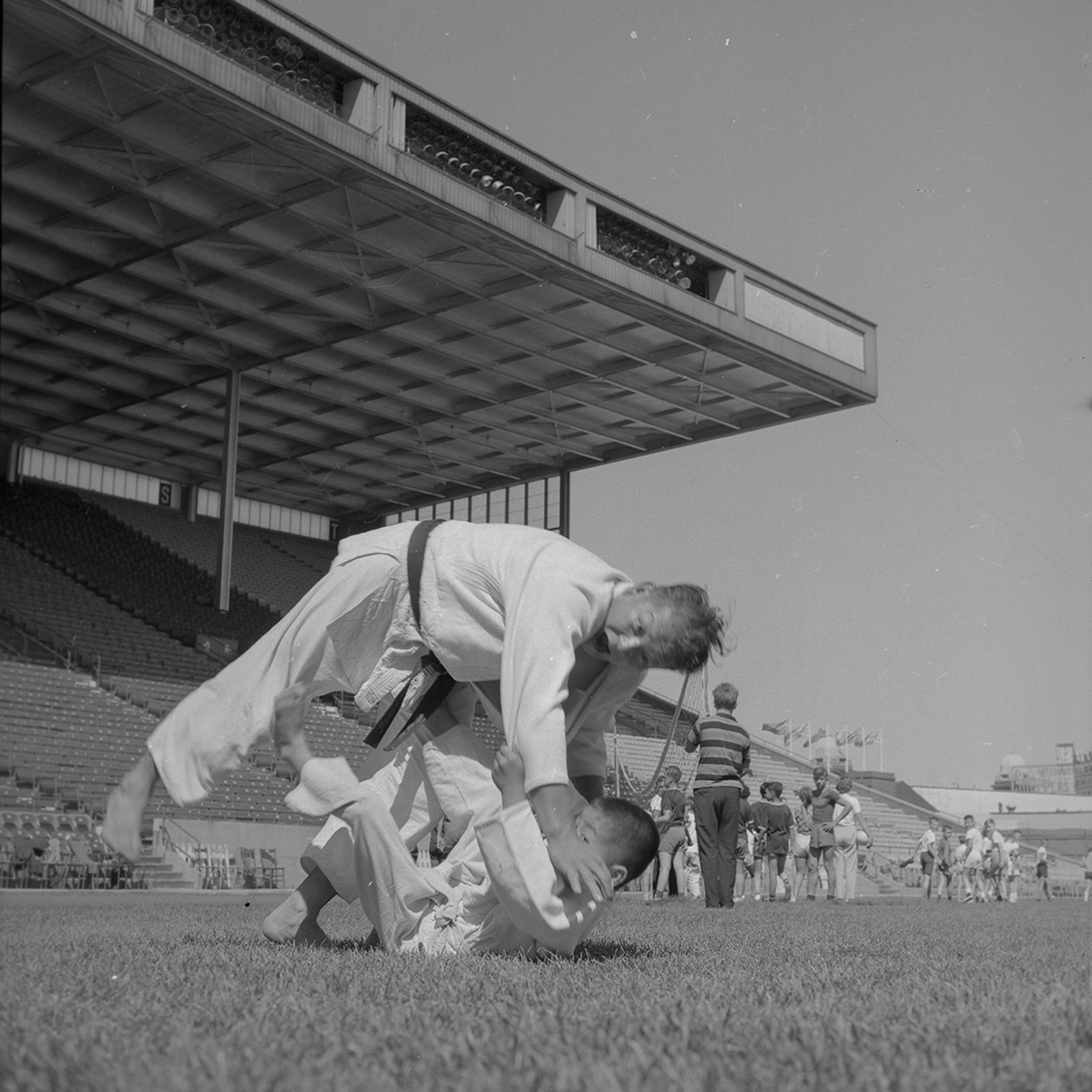 Martial Arts Demonstration at Grandstand, 1962. Canadian National Exhibition Archives, MG5-F771-I17. Courtesy of the CNEA