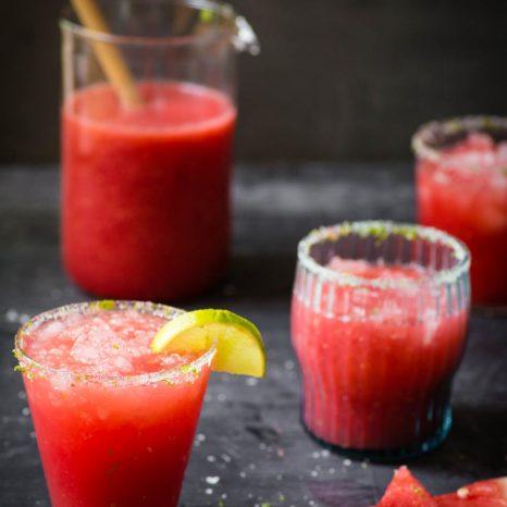 Cocktail au melon d'eau, framboises et lime