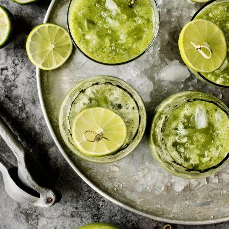 Limonade à la menthe et à l'ananas